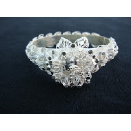 Filigree Bangle With Flower