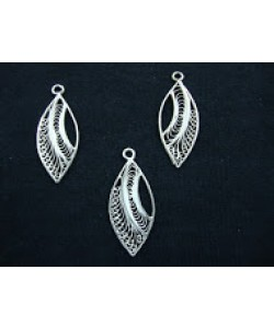 Leaf Pendant Set