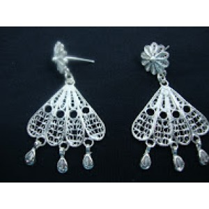 Filigree Earrings With Flowers