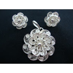 Filigree Flowers Set